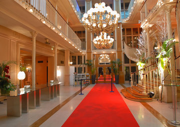 Search result le tapis du faubourg 18